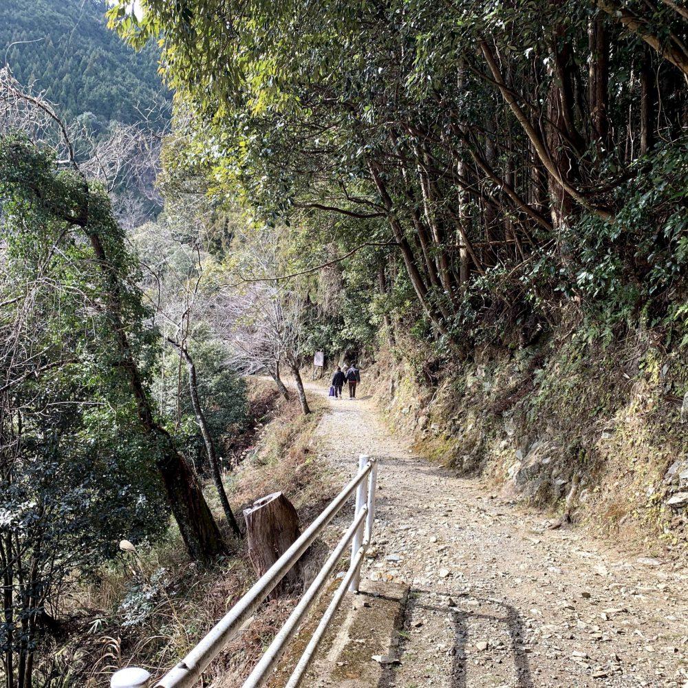 浄御原神社への参道